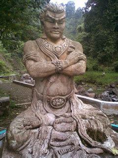 gambar patung bersejarah kerajaan indonesia 174 raja jempol