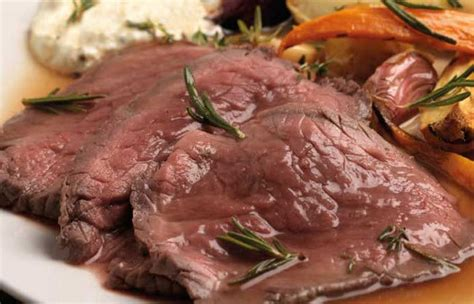 come cucinare il roast beef in padella ricetta roast beef arrosto di vitello