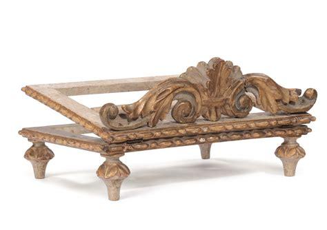 leggio da tavolo in legno leggio da tavolo in legno intagliato a foglie laccato e