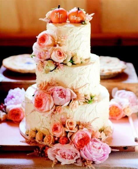 Wedding Cake Ideas For Fall by 22 Pumpkin Wedding Cake Ideas For Fall Weddingomania