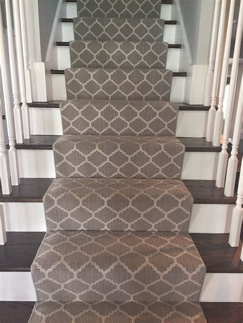 Stair Runner Rug Keeping Safe From Getting Hurt With Carpet Stair Runners Darbylanefurniture