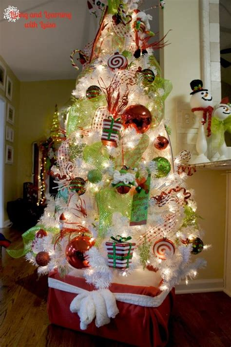 how to tie ribbon around a christmas tree diy tree stand 1 wrap an cardboard box with a throw or wrapping paper 2 tie a