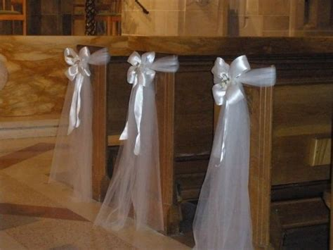Church Pew Bows Aisle Decorations by 25 Best Ideas About Tulle Pew Bows On Wedding