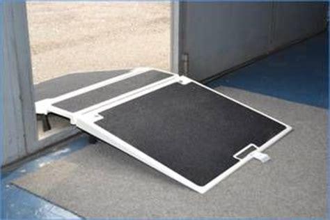 pedane mobili per disabili scivoli re mobili ausili per disabili e anziani