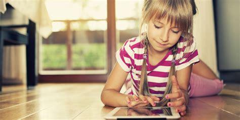 little girls flashing children tips for parents to avoid 4 online traps for kids huffpost