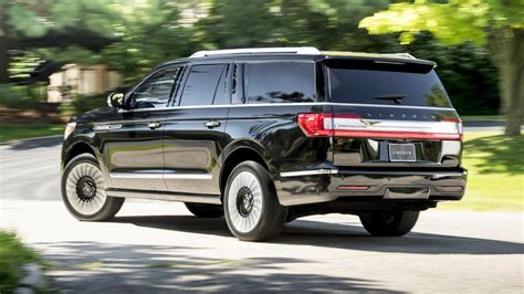 2018 lincoln navigator priced at 73 250 and navigator l