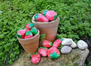 painted rocks for artistic yard and garden designs 40 cute rockpainting ideas