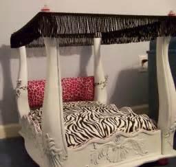 Cat Bed Linen - diy dog or cat bed trusper