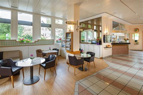 welcome inn kloten hotel welcome inn kloten book your hotel with viamichelin