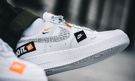 nike air force      white grailify sneaker