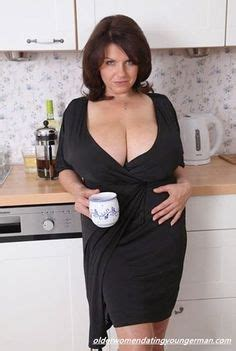 Dating older woman service