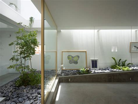 inside garden inside garden house glass wall separation decoration3