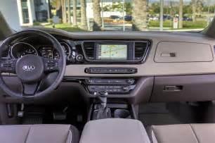 Kia Sedona Interior 2017 Kia Sedona Reviews And Rating Motor Trend