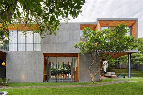 membuat rumah terasa sejuk percantik area depan rumahmu dengan desain teras yang