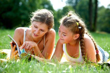 la ayuda de paternidad sube de 2500 a 3500 euros preparando a nuestras hijas para la pubertad