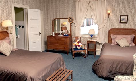 two beds in one rooms with two beds the brandon inn a vermont country