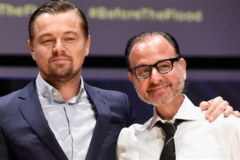 Brave Leonardo Dicaprio Saves Co From Gunman by Leonardo Dicaprio Almost Died His Documentary