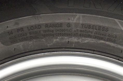 16 inch boat trailer tires 16 quot inch 14 ply radial trailer twa st 235 85 r16 8 lug