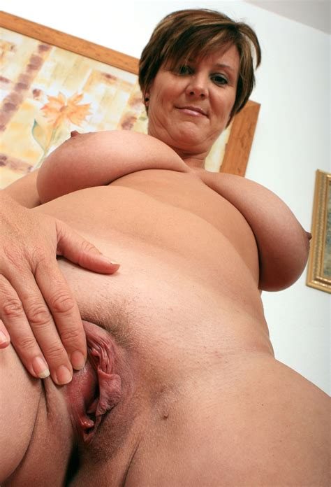 New Folder In Gallery British Milf Joy Shows Herself And Her Toy Picture