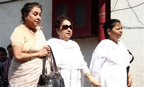 film actress nanda funeral funeral of bollywood actress nanda