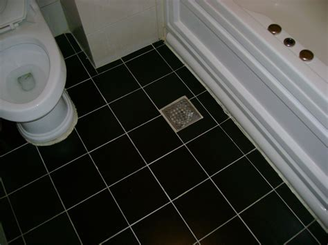 panoramio photo of bathroom floor drain