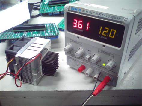 Modul Thermoelectric Peltier Elemen Panas Dingin Pendingin Tec1 12706 peltier cooler si keping demam yang panas dingin