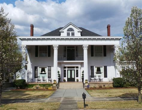madison ga bed and breakfast 10 bed and breakfasts in georgia perfect for a getaway
