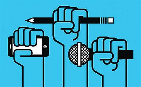 Pers Atau pengertian pers fungsi peranan perkembangan pers di indonesia