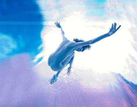 imagenes artisticas haciendo el amor im 225 genes art 237 sticas de cuerpos humanos en el agua spanish