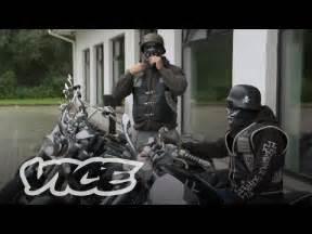 almanyada mueslueman goecmenlere motosiklet ceteleri