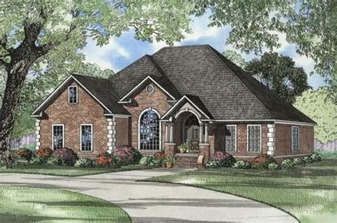 Home Floor Plans With Inlaw Suite southern plan 2 486 square feet 4 bedrooms 3 bathrooms