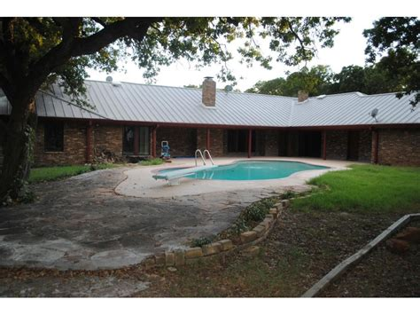 ethan couch burleson tx ethan couch s mom sold her half million burleson home with