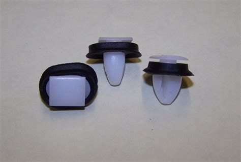 photo clips bresco vehicle services limited side moulding clip