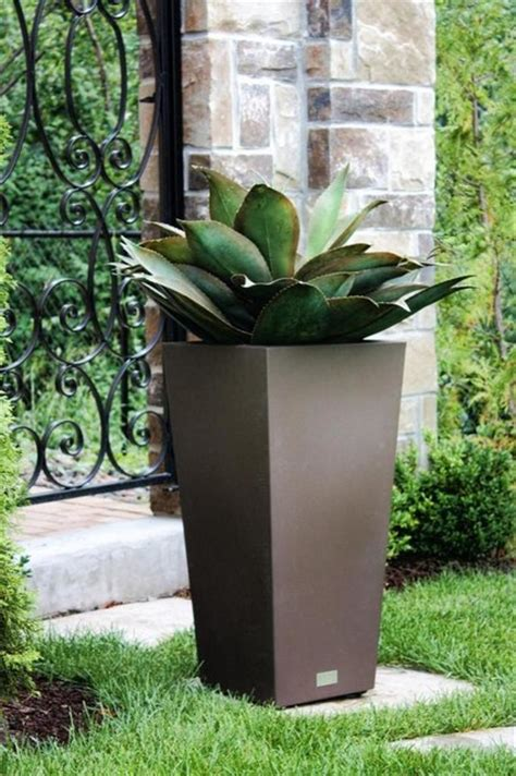 Modern Outdoor Planters by Creative Planters Modern Outdoor Pots And Planters