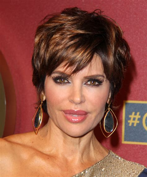 guide to lisa rinna haircut lisa rinna short straight formal hairstyle with side swept