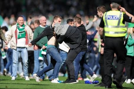 hibs v rangers daily record rapped by ipso claims about rangers fans