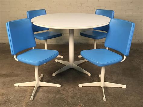 brody mid century modern dining kitchen table with 4 chairs