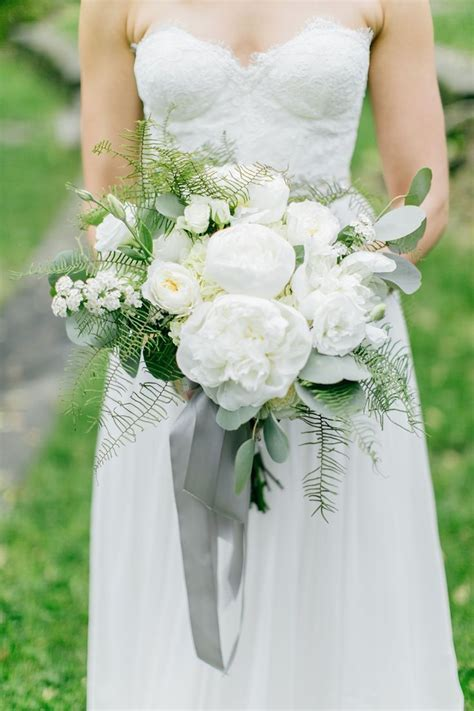 164 best White, Ivory, Cream & Champagne Bouquets images