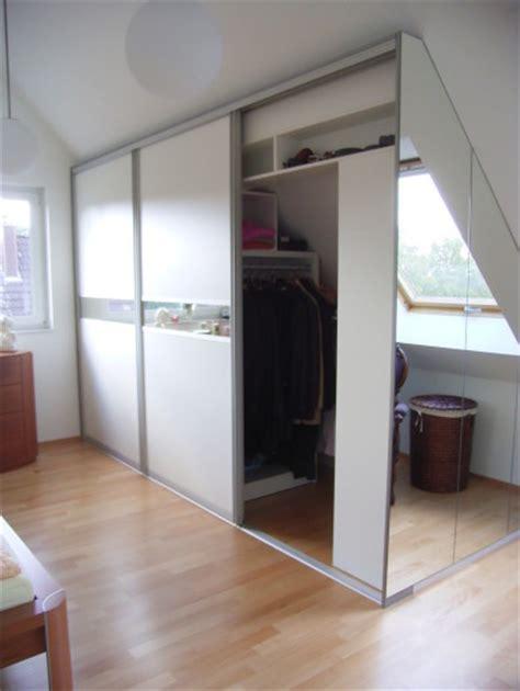 Begehbarer Kleiderschrank Dachschräge by Begehbarer Kleiderschrank Dachschr 228 Ge Hinten Gispatcher