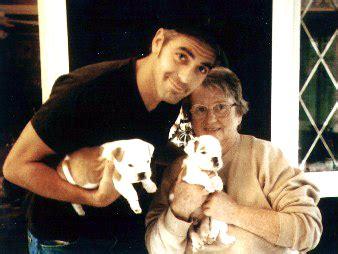 george clooney pug adore le pug