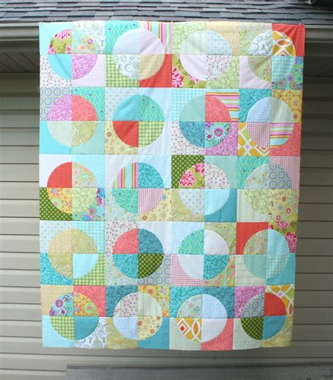 Quilting Circles Tutorial | crazy mom quilts running in circles tutorial