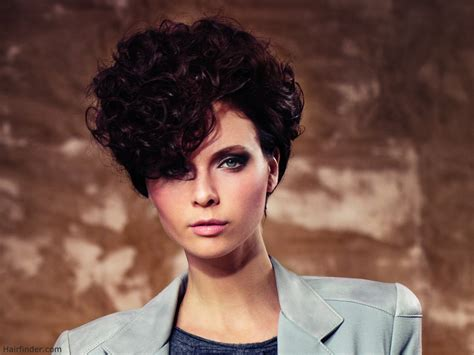 short curly curly hairstyles 1980s very short hairstyle with curls inspired by the 80s
