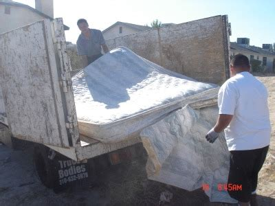 Mattress Disposal Tx by Mattress Removal Master Bedroom Contents Including