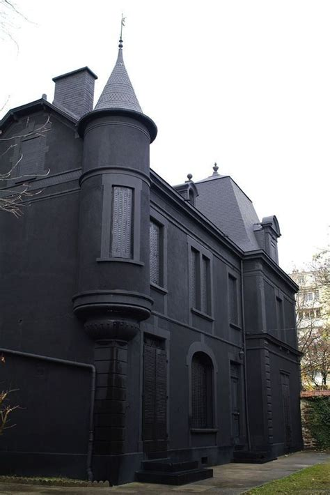 the black house all black house love exterior home pinterest