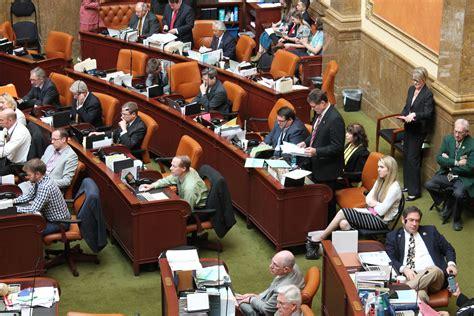 house of representatives majority utah house passes a limited medicaid expansion bill kuer 90 1