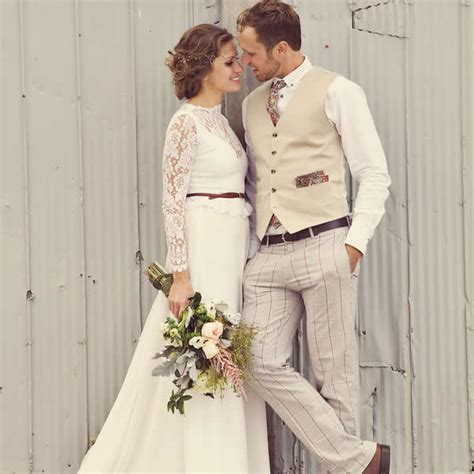 Bohemian Barn Wedding in Canada , Wedding Real Weddings