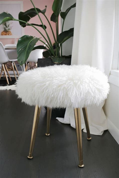Faux Fur Desk Stool by Best 25 Fuzzy Stool Ideas On Ikea Stool Diy
