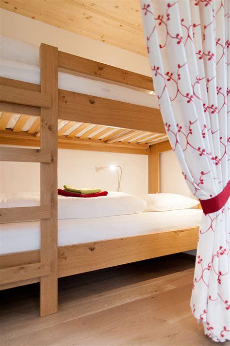 Wohncouch Günstig by Appartementhaus Mit Ferienwohnungen Und Komfortzimmer Am