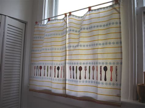 How To Make Cafe Curtains For Kitchen Project 1 Cafe Curtains Give It Up