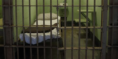 jail beds states try to remove barriers for ex offenders huffpost